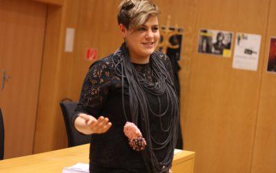 Mládežnícka delegátka Hana začína sériu diskusií s mladými