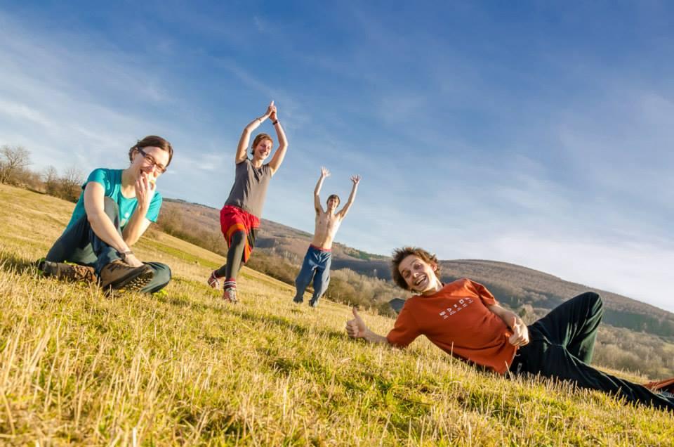 InformácieŠtudenti Sokratovho inštitútu pomáhajú deťom, seniorom i životnému prostrediu