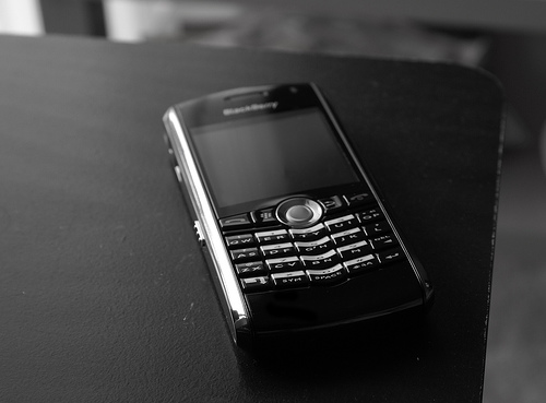 PonukyZbierka mobilov podporí regionálne občianske združenia