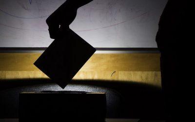 Poď voliť! Čo sľubujú politické strany mladým ľuďom?
