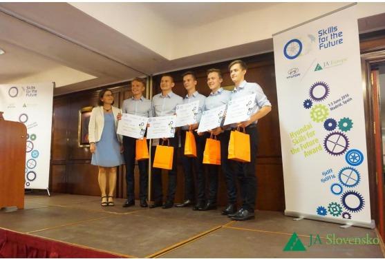 InformácieŠtudenti z Košíc na 2. mieste v európskej súťaži Skills for the Future