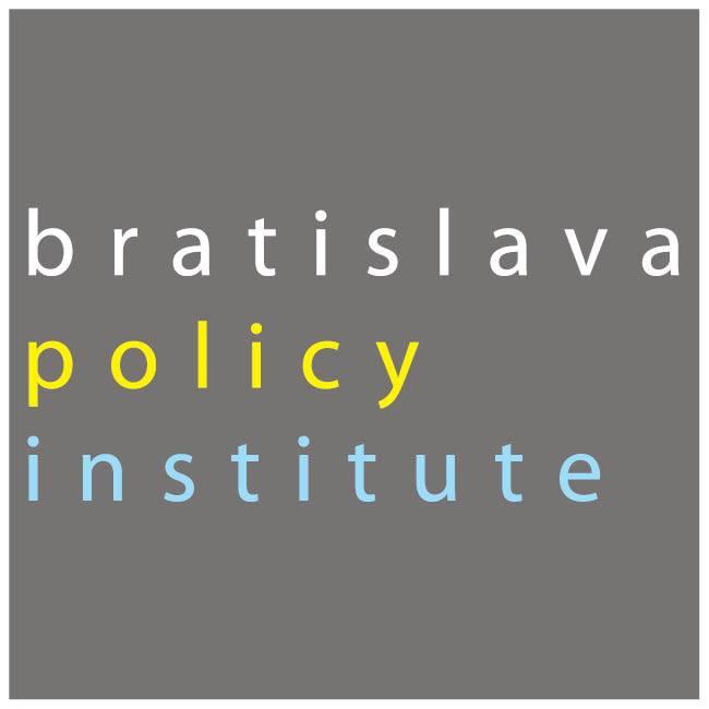 """InformácieVyplňte dotazník k výskumu """"Postoje mladých ľudí k zahraničnej politike SR"""""""