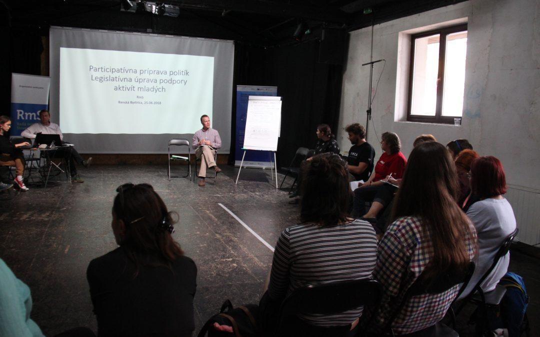 """ProjektyPodpora partnerstva a dialógu v oblasti participatívnej tvorby politík (Diskusie """"Z hlavy nohy"""")"""