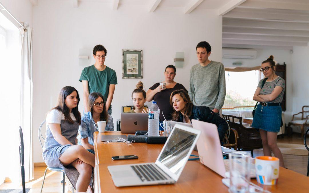 Európska komisia hľadá 200 mladých a kreatívnych ľudí, ktorí by pomohli rozprúdiť diskusiu o budúcnosti EÚ