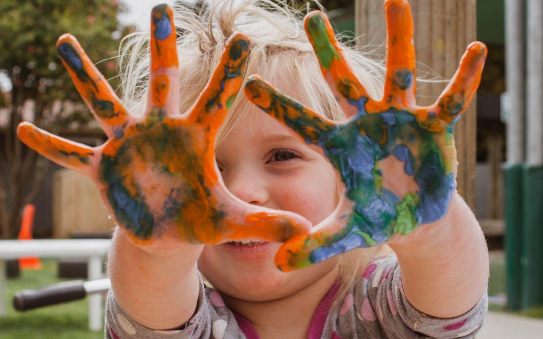 """Kampaň """"Detský čin pomoci"""" tento rok pomáha spoznať hrdinu vsebe"""