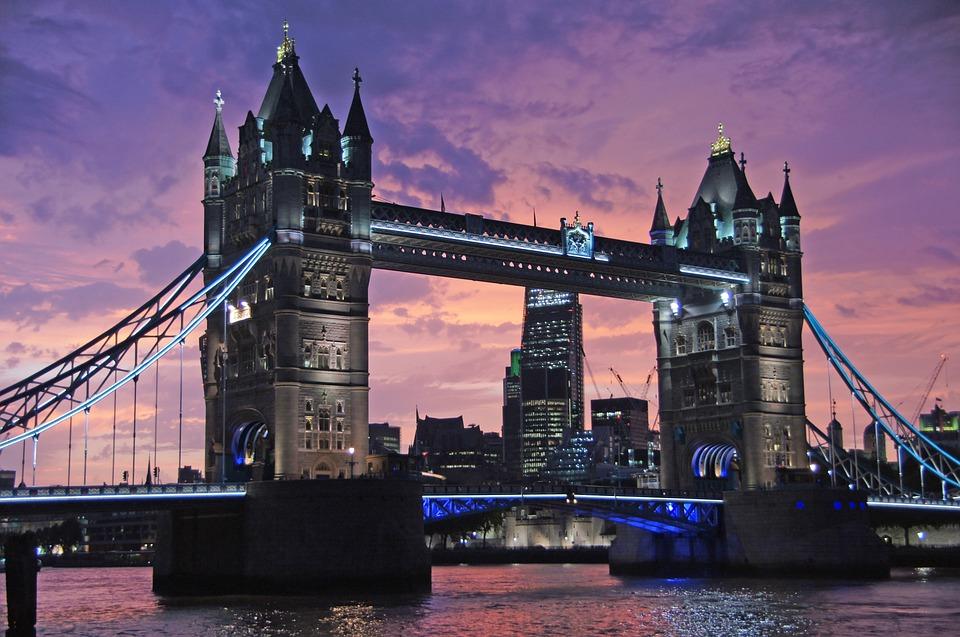 "PonukyProgram – ""Hack to London"""