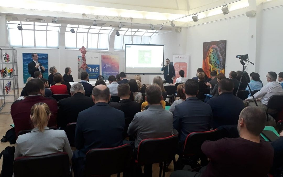 ProjektyKonferencia Politika mládeže tu a teraz!