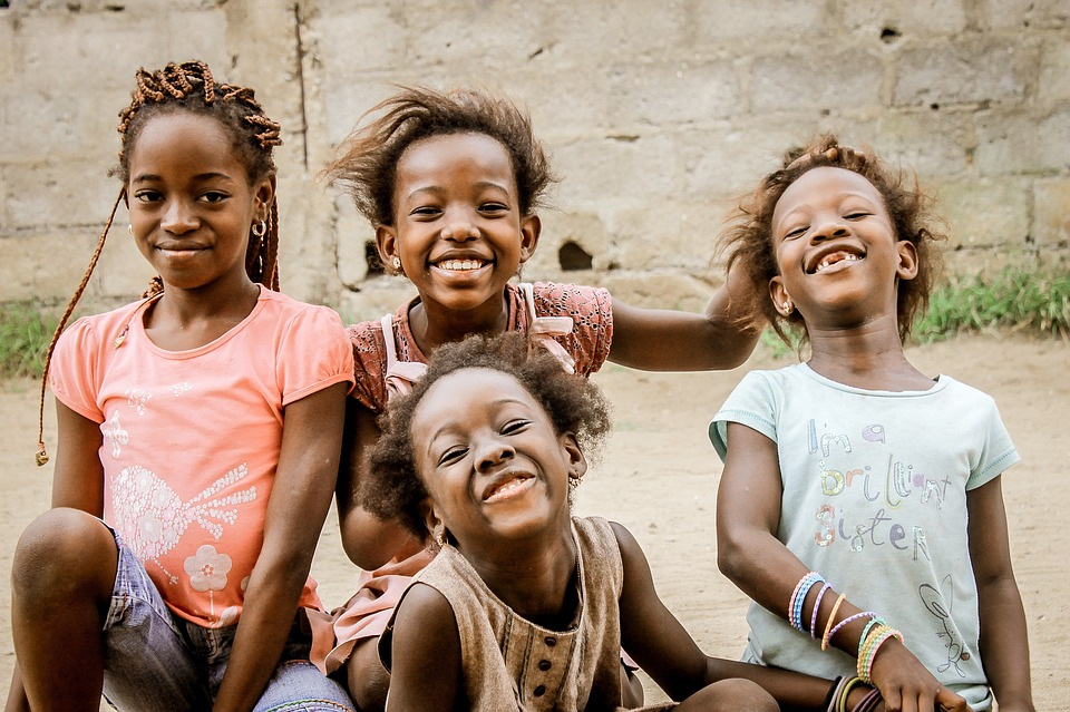 PonukyZapoj sa do projektov pomoci deťom v Afrike!
