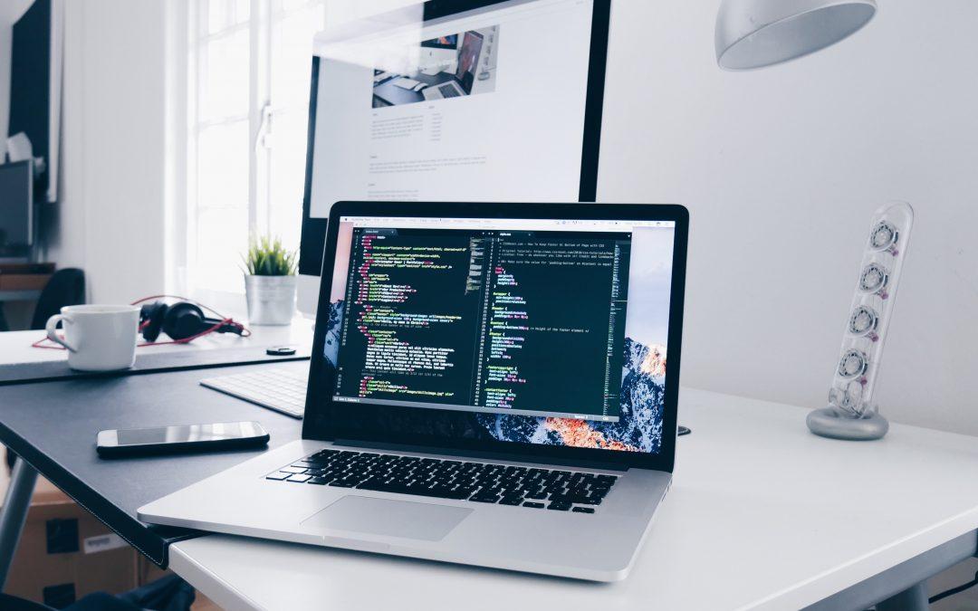 Hodina informatiky: Naučte sa kódovať online